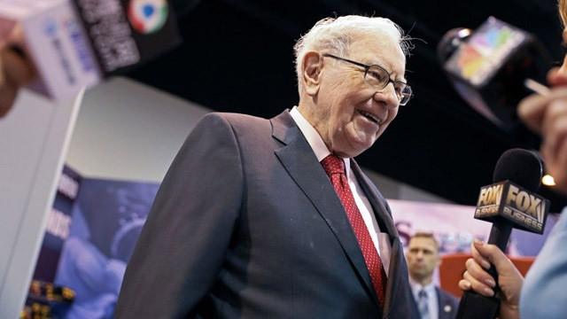 Ünlü yatırımcı Warren Buffett, Apple hisselerinden 100 milyar dolar kazandı