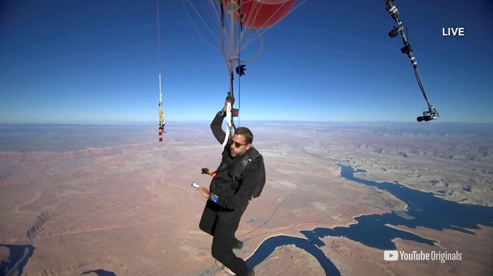 Nefes kesen deneme! Balonla 9 kilometre yükseldi - Resim: 2