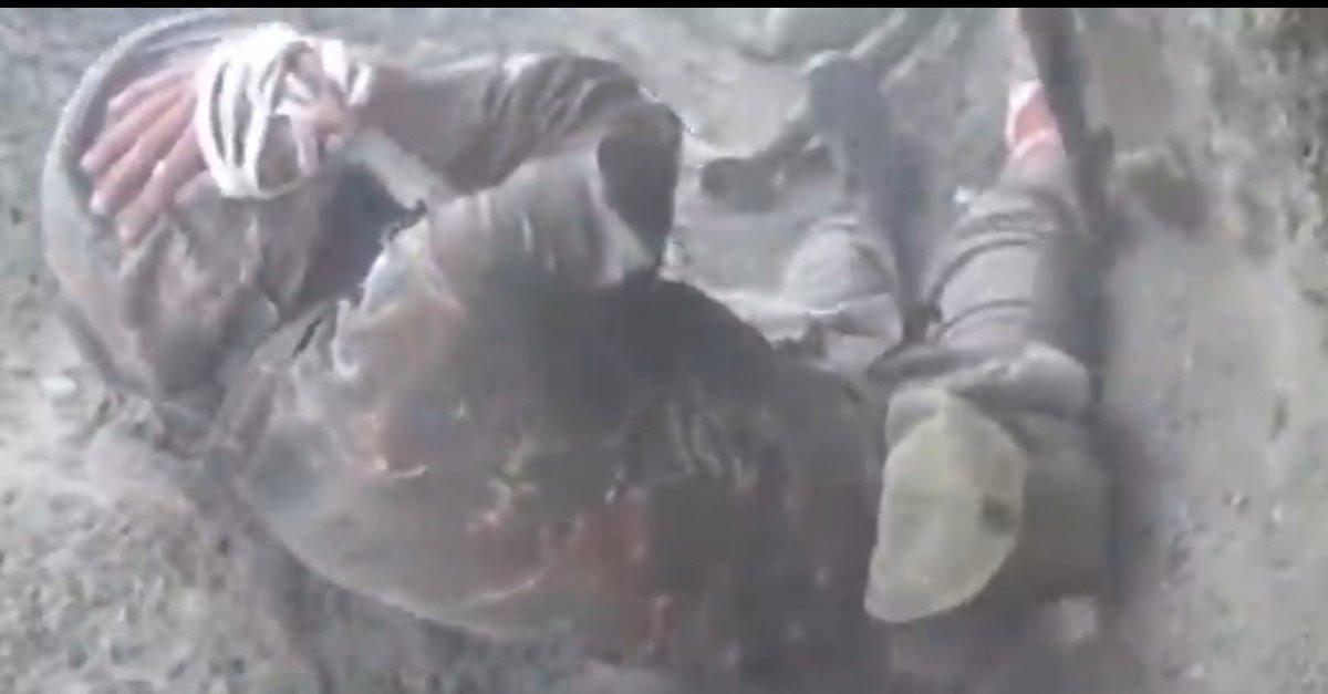 Ermenistan askerinin cephede ağladığı anlar kamerada