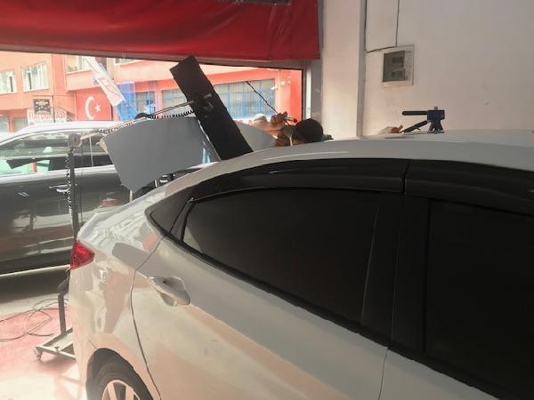 İstanbul'da dolu yağışı sonrası oto tamircilere akın ettiler