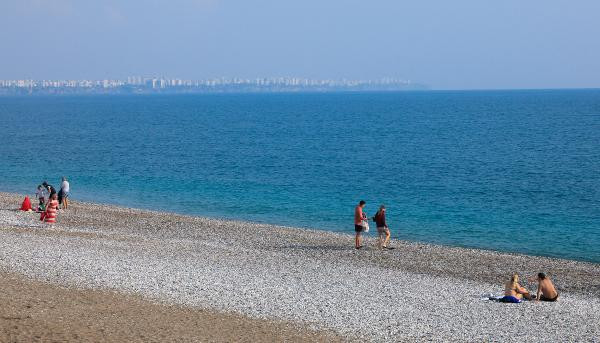 Yer: Antalya... Bu fotoğraflar arşivden değil, bugün çekildi!