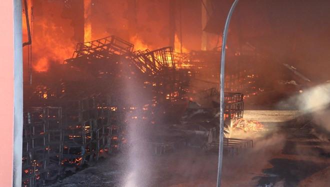 Harran Üniversitesi'nde korkutan yangın