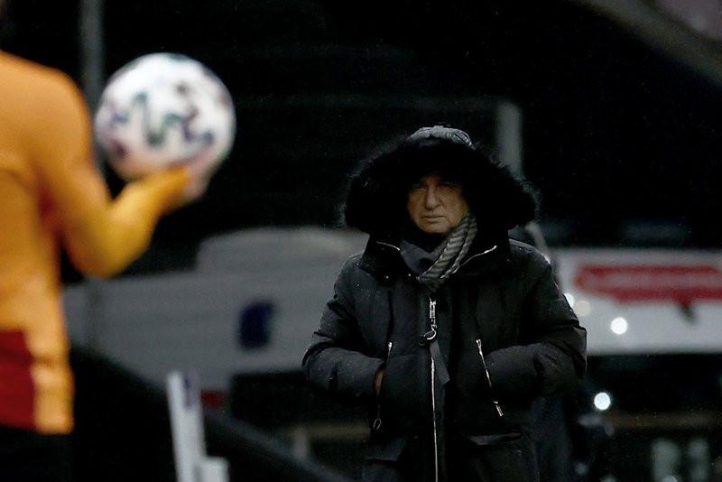 Galatasaray'da 5 ayrılık birden