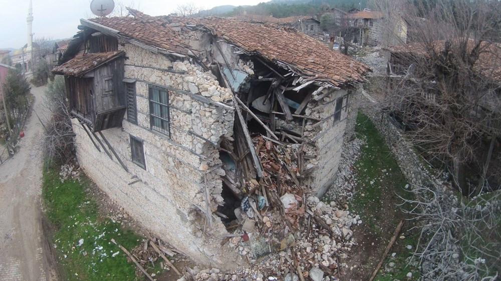 Koruma altındaki tarihi evler yok olma tehlikesi altında - Resim: 1