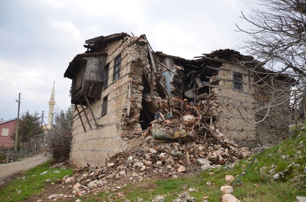 Koruma altındaki tarihi evler yok olma tehlikesi altında - Resim: 2