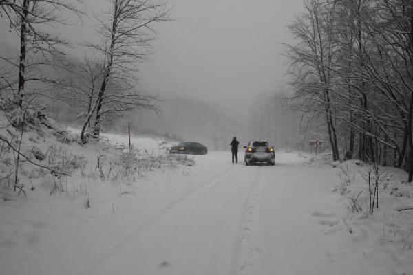 Domaniç'te kar yağışı ulaşımı aksattı - Resim: 2