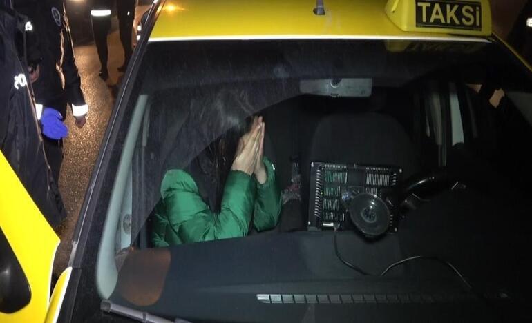 Takside alkol alan kadın polislere direndi