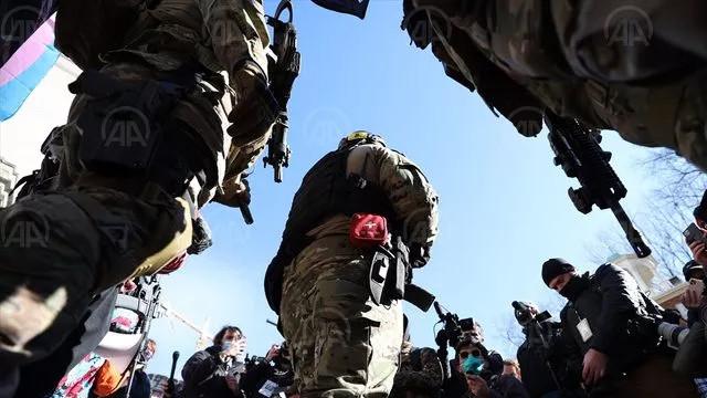 ABD'de silahlı gruplar toplanmaya başladı!