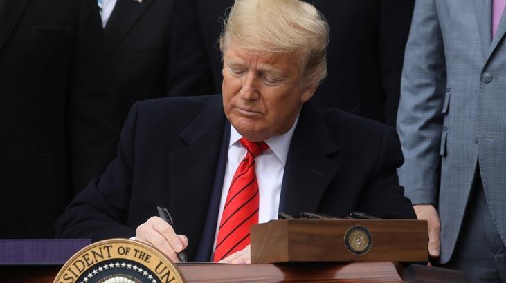 Trump'tan giderayak seyahat yasaklarını kaldırdı!