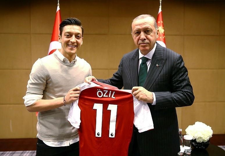 İşte Fenerbahçe'nin yeni yıldızı Mesut Özil'in hikayesi - Resim: 1