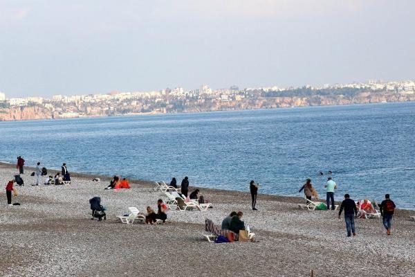 Sessizliğe bürünen Antalya, turistlere kaldı - Resim: 2
