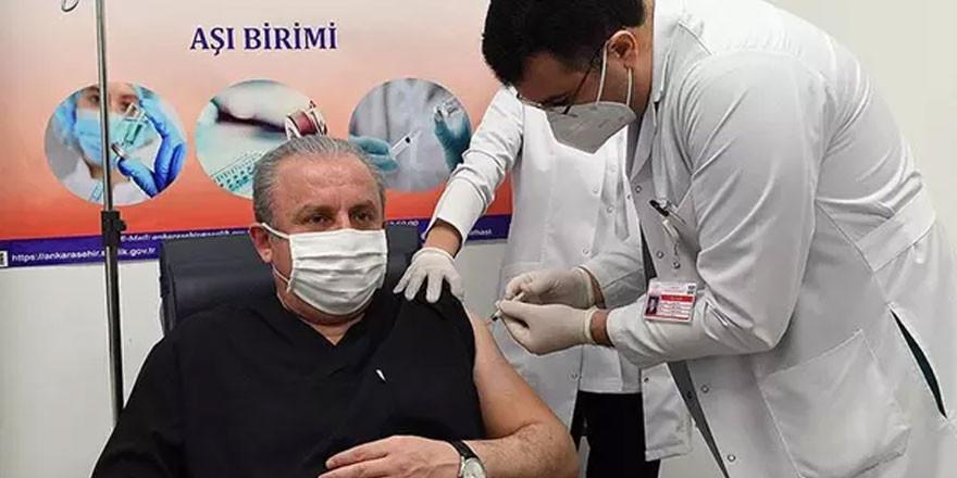 TBMM Başkanı Şentop da koronavirüs aşısı yaptırdı