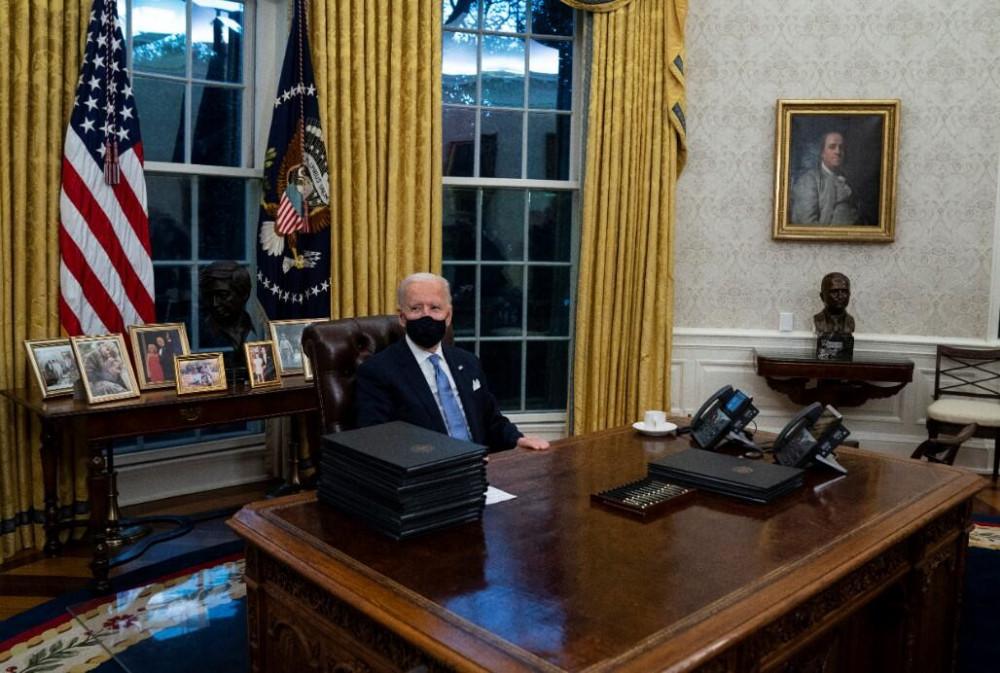 Biden'ın göreve gelmesi sonrası Oval Ofis'te dikkat çeken değişiklik - Resim: 1