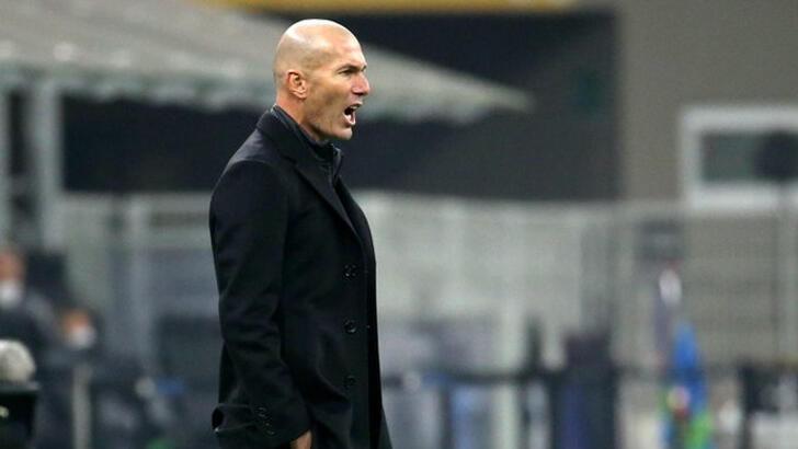 Real Madrid'de Zinedine Zidane şoku!