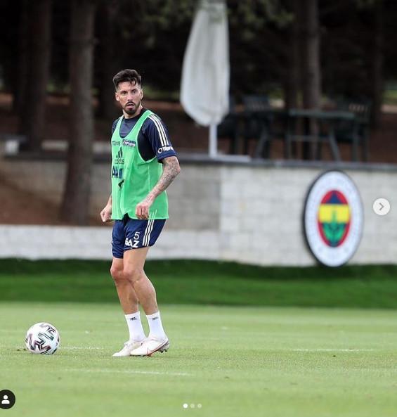 Fenerbahçe'de Jose Sosa ile yollar ayrılabilir! - Resim: 3