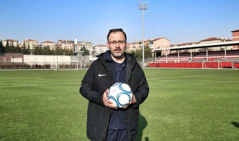 Bakan Kasapoğlu'ndan ''seyircili maç'' açıklaması