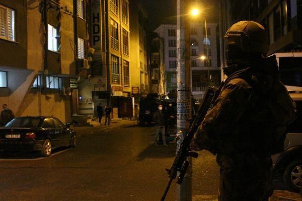 HDP'nin İstanbul'daki binasından neler çıktı neler - Resim: 4