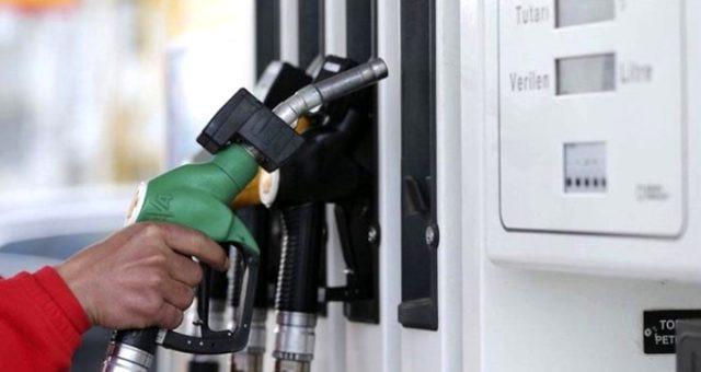 Benzine zam göründü! Pompa fiyatlarına yansıyacak mı?