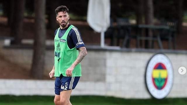 Jose Sosa Fenerbahçe'den ayrılıyor mu?