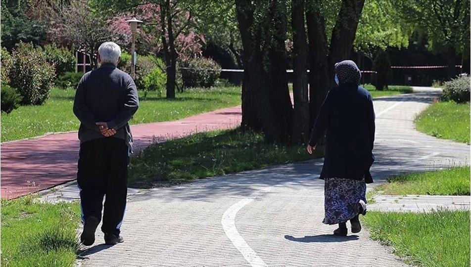 65 yaş üstü için uygulanan sokağa çıkma yasağı mahkemeye taşındı