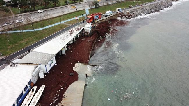 İstanbul'da Caddebostan Sahili kırmızıya büründü - Resim: 2