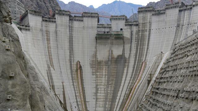 Yusufeli Barajı'nın gövde inşaatı tamamlanmak üzere