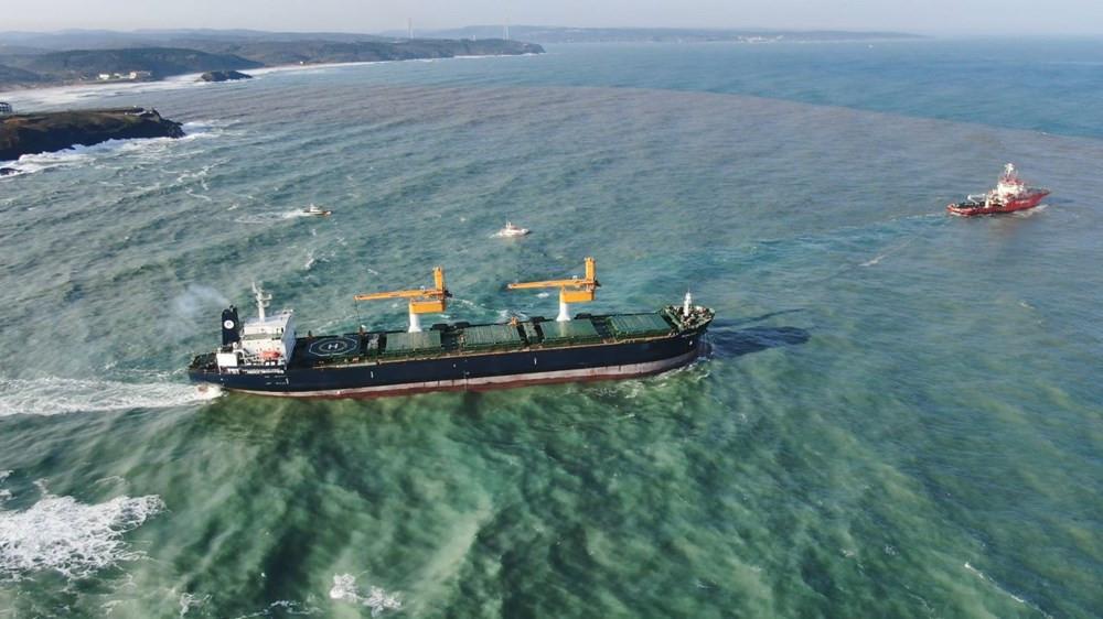 İstanbul'da karaya oturan yük gemisi kurtarıldı - Resim: 4