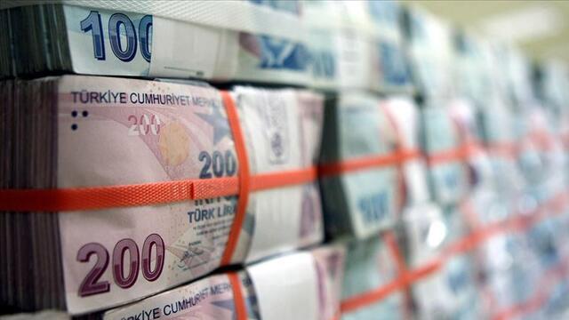 Bankacılık sektörü kredi hacmi geriledi