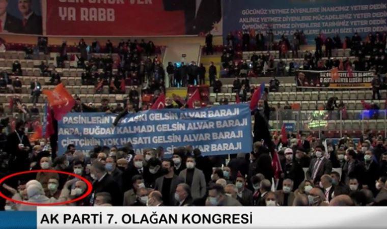 AK Parti'de partiyi karıştıran pankart!
