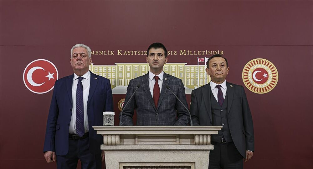 CHP'den istifa eden milletvekilleri İnce'nin partisine mı geçiyor ?