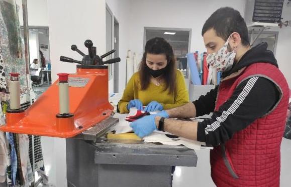 Türk üniversite öğrencileri geliştirdi! Koronavirüsü yok ediyor!