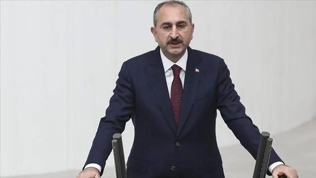 Adalet Bakanı Gül ve İletişim Başkanı Altun'dan peş peşe ''darbe'' tepkisi!