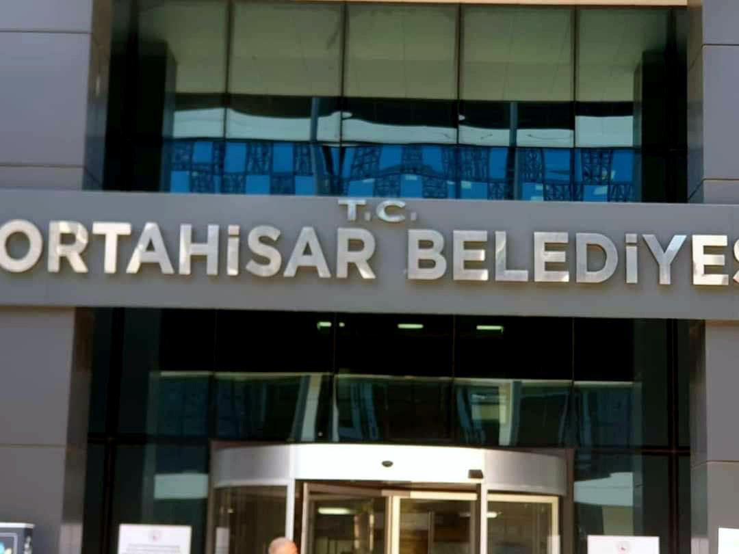 İYİ Partili Meclis üyesi ''T.C.''ti AK Partili belediyeye geri döndürdü