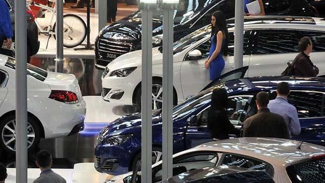 Araç alacaklar dikkat! Otomobil fiyatlarında ilk kez düşüş yaşandı