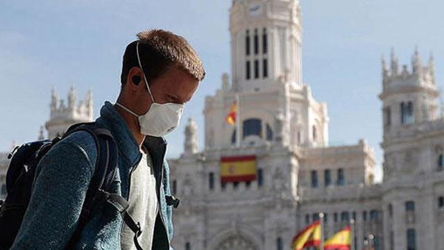 İspanya'da 352 kişi daha koronavirüsten öldü