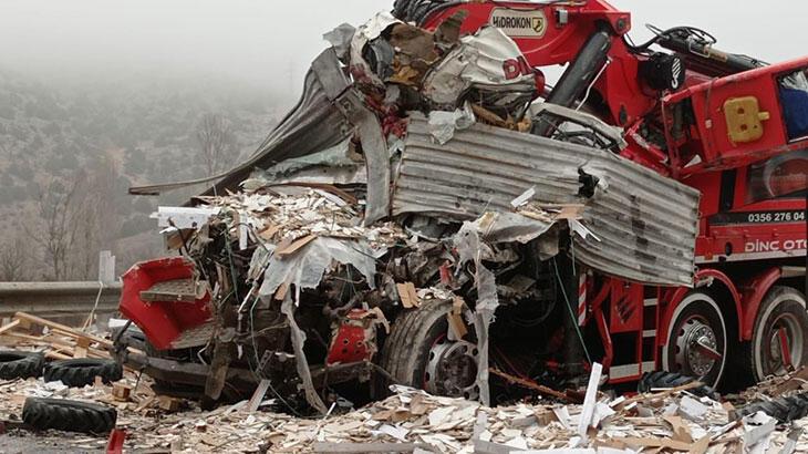 Yozgat'ta zincirleme kaza: Ölü ve yaralılar var
