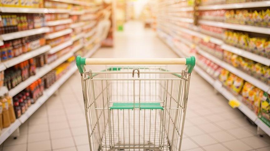 Bir yıl boyunca marketten aynı ürünleri alıp gerçek enflasyonu belgeledi!