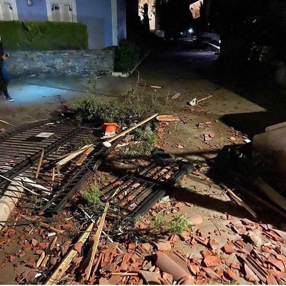 İzmir'i hortum vurdu! Yaralılar var... - Resim: 1