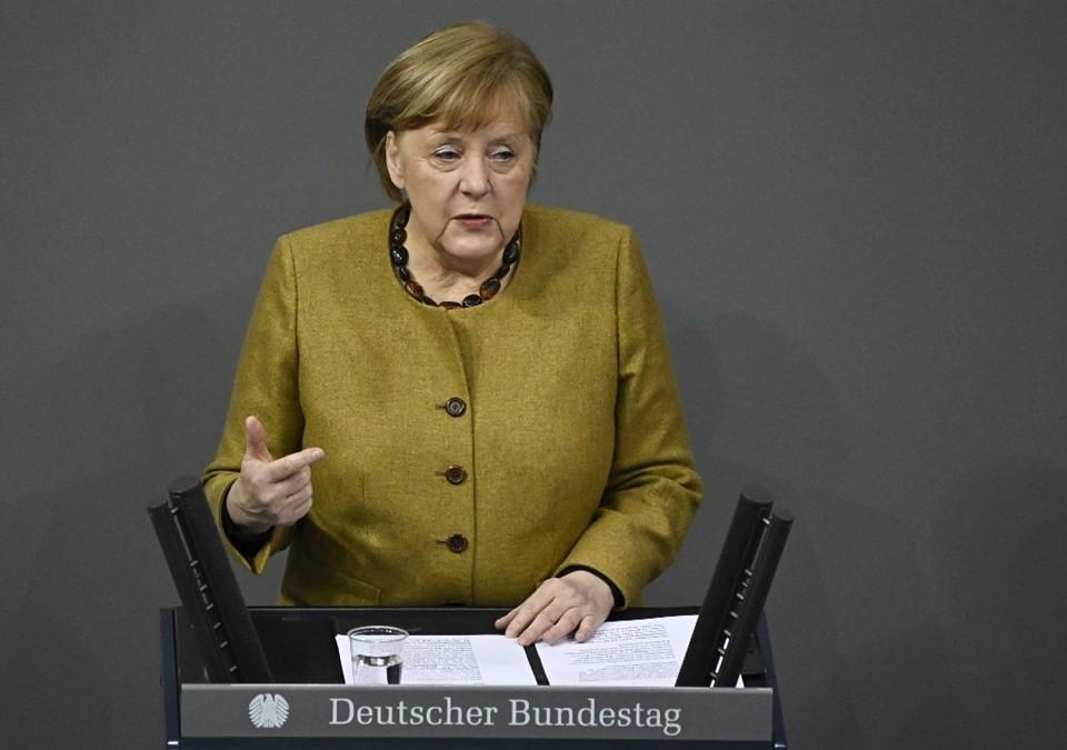 Merkel'den koronavirüs itirafı: Geç kaldık