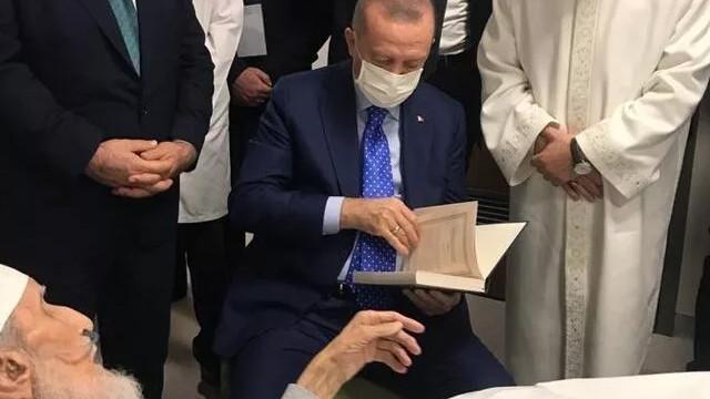 Erdoğan'ın ziyaret ettiği Hafız Abdullah Nazırlı hayatını kaybetti
