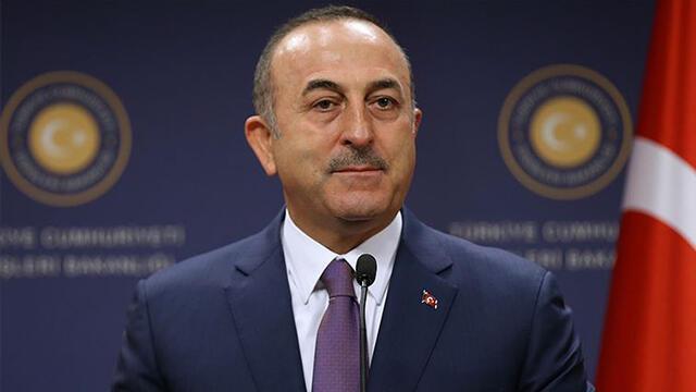 Bakan Çavuşoğlu, kurtarılan Türk denizcilerin aileleriyle görüştü