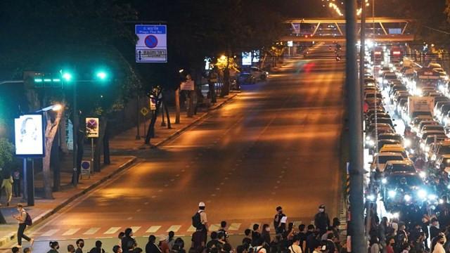 Tayland'da protestolar devam ediyor: 20 polis yaralı