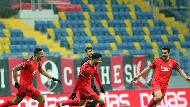 Cenk Tosun gollerle döndü: Gençlerbirliği-Beşiktaş: 0-3