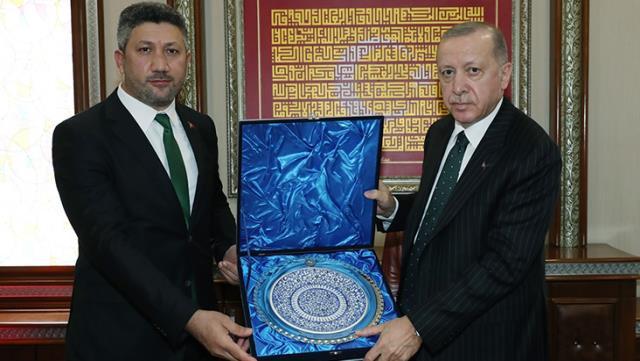 Erdoğan'ın ziyaret ettiği başkan karantinada!