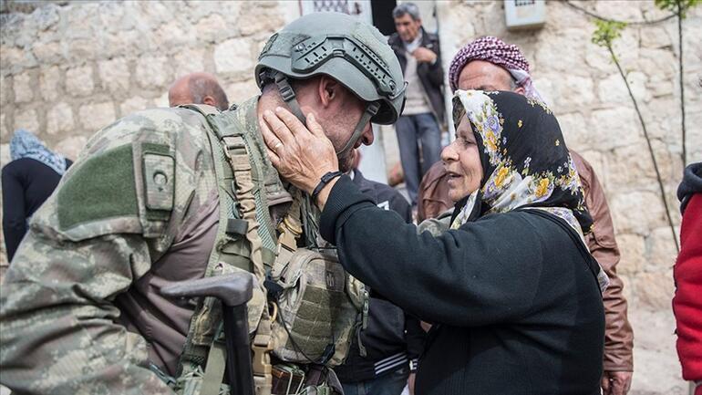 New York Times: Suriyelilere yardım eden tek ülke Türkiye