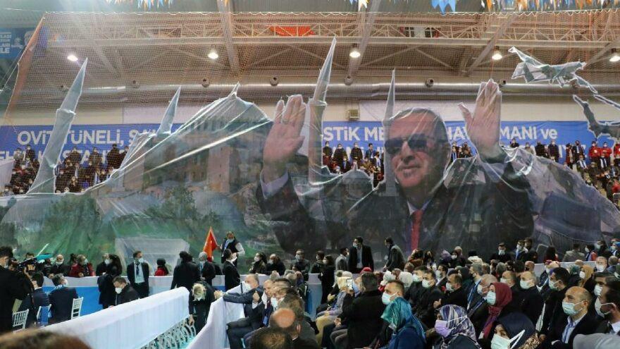 CHP, AK Parti kongrelerini Bakan Koca'ya sordu