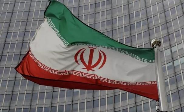 İran'dan ABD'ye ''Biz hazırız'' mesajı!