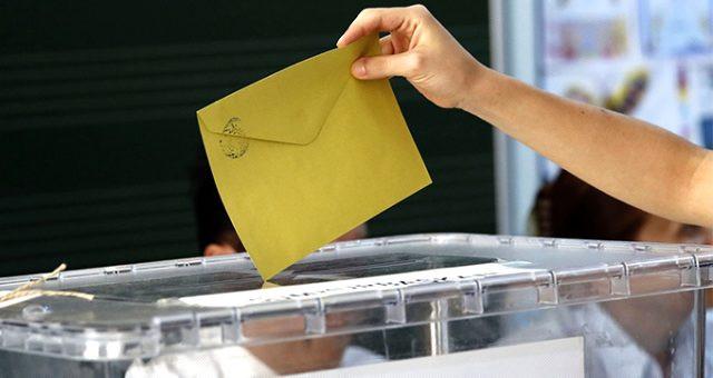 Son 9 seçim anketin sonuçlarını değerlendirdi ve...