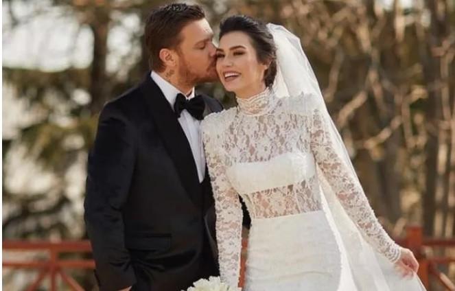 Sinan Akçıl ile Burcu Kıratlı ikinci defa evlendi