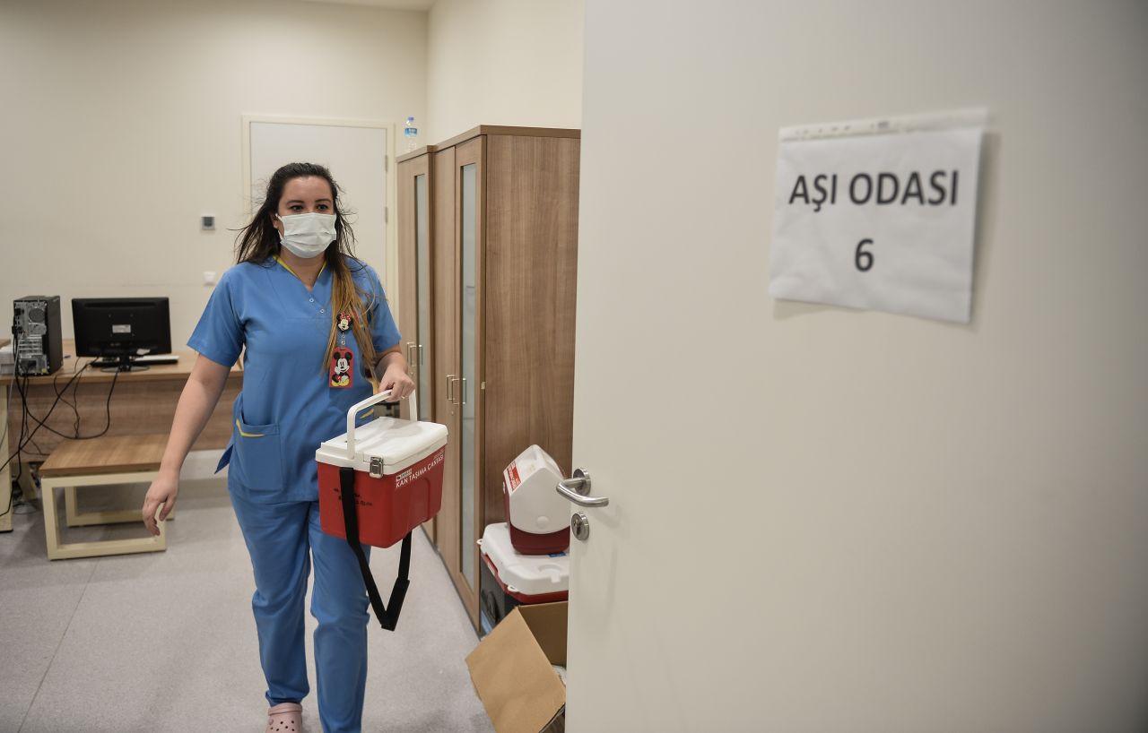 Koronavirüs aşıları hastaneye yatışı ne kadar düşürdü?